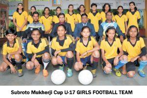 U 17 GIRLS FOOTBALL TEAM