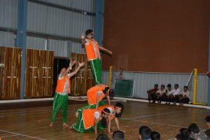 GROUP DANCES (12)