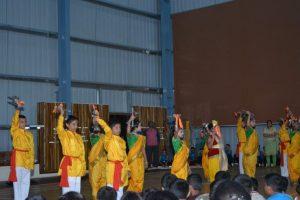 GROUP DANCES (8)