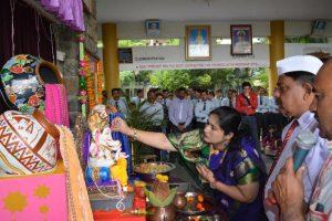 Lord Ganesha Idol Installation (4)